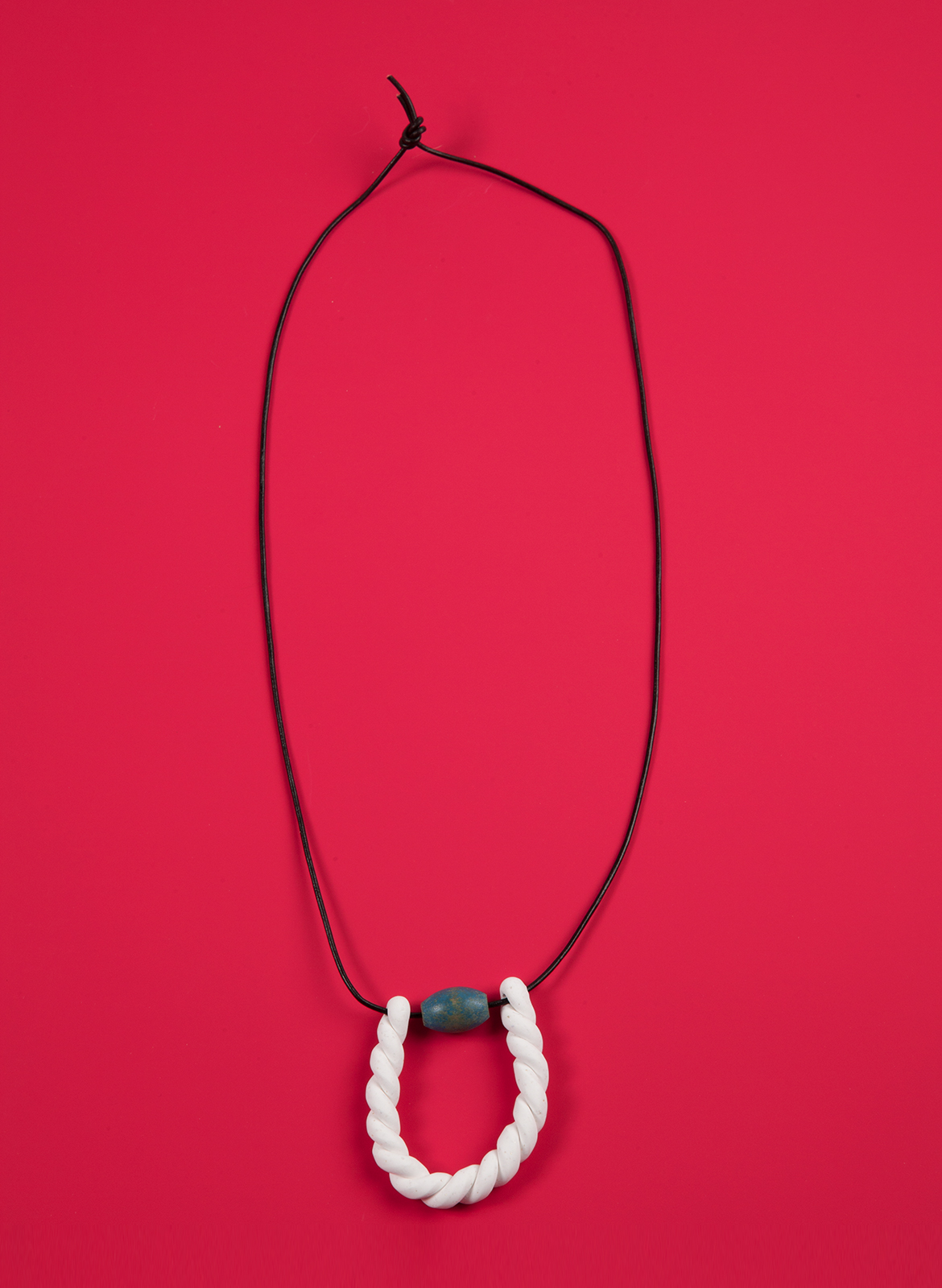 chadkouri-modularnecklace-redbackground